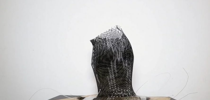 Wire Mesh Grip Shape Shifting Design