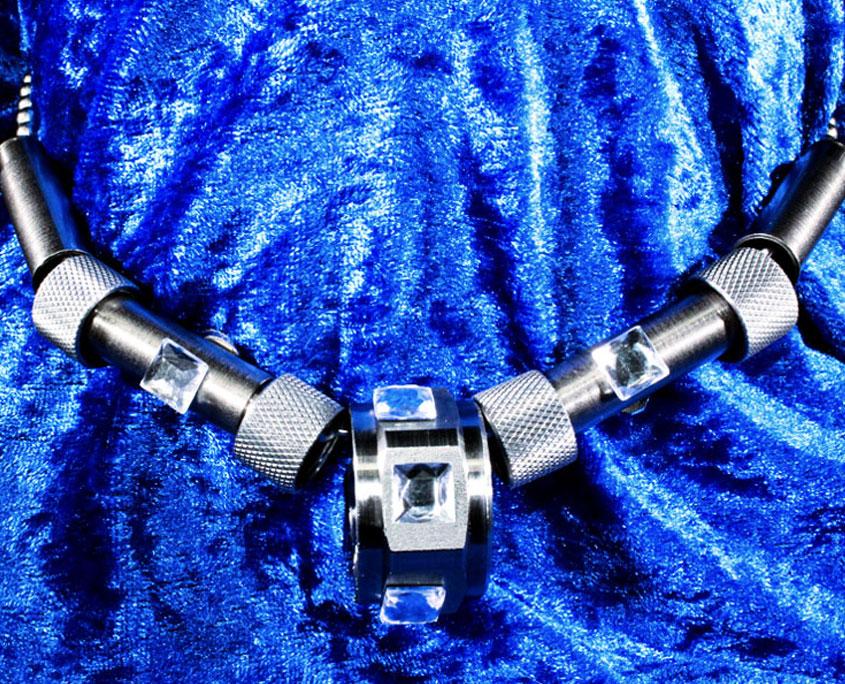 Remke strain relief necklace 5 040119 845